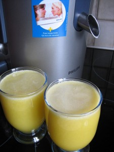 Jus ananas pomme gingembre