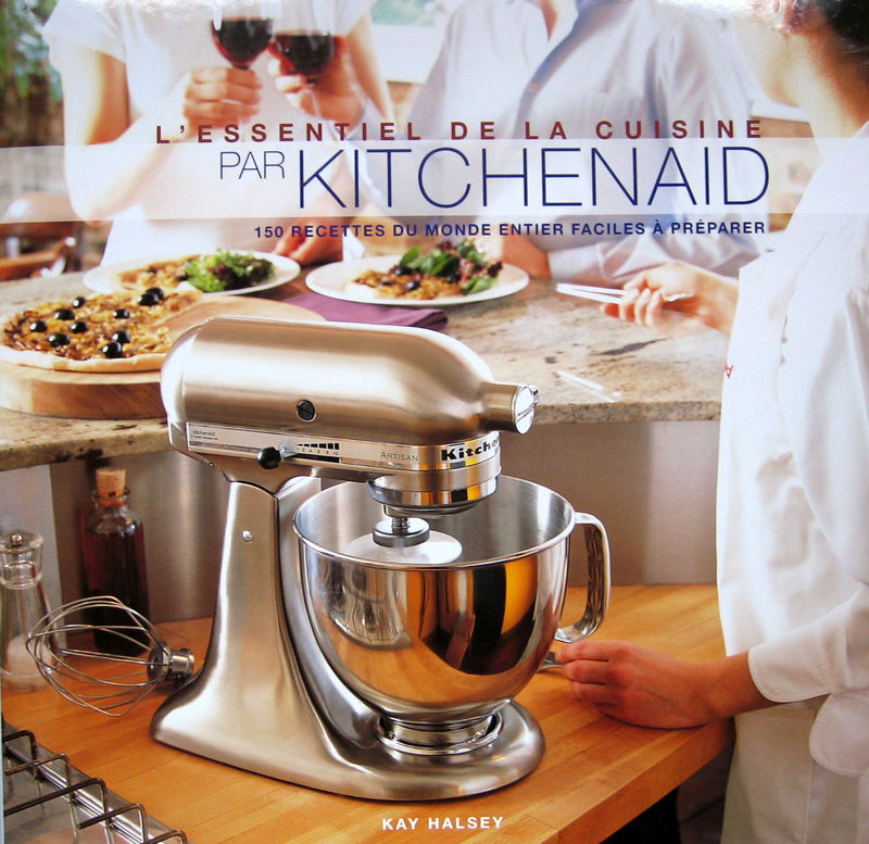 ottoki livre kitchenaid l essentiel de la cuisine 150. Black Bedroom Furniture Sets. Home Design Ideas